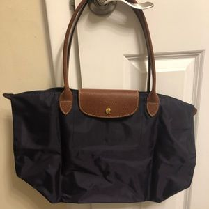 EUC Longchamp Medium Le Pliage tote